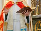 Крестины в церкви