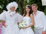 Александр Олешко в роли невесты